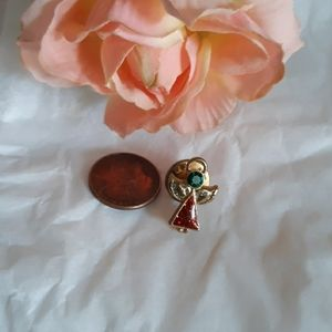 TINY ANGEL LAPEL/PIN ,RED ENAMEL, WHITE EMERAL GRE